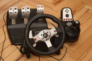 Продам руль Logitech® G25 Racing Wheel